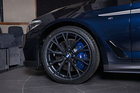 bmw    performance carbon kit sports carbon black