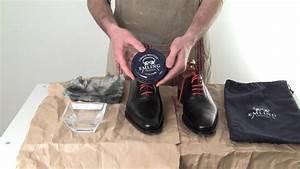 Cirer Des Chaussures : entretien des chaussures en cuir le gla age youtube ~ Dode.kayakingforconservation.com Idées de Décoration