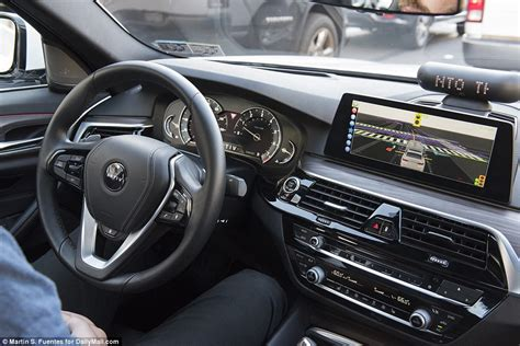Lyft Surpasses 5,000 Self-driving Rides With Aptiv Fleet