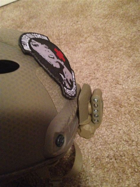 surefire helmet light rail mount how to mount surefire type helmet light to arc rail on