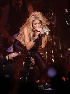 Shakira live in London - Shakira live in London - Heart