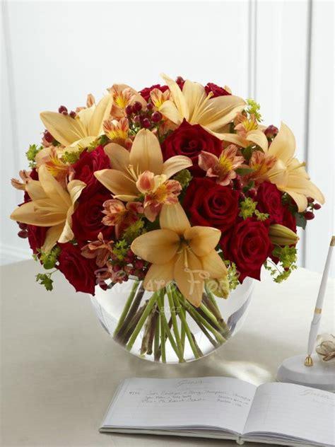 mazzi fiori foto mazzo di fiori freschi di stagione consegna fiori lecce