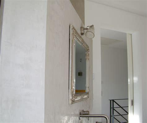 Badezimmer Fliesen Zu Glatt by Badezimmer Renovierung Ohne Fliesen Volimea