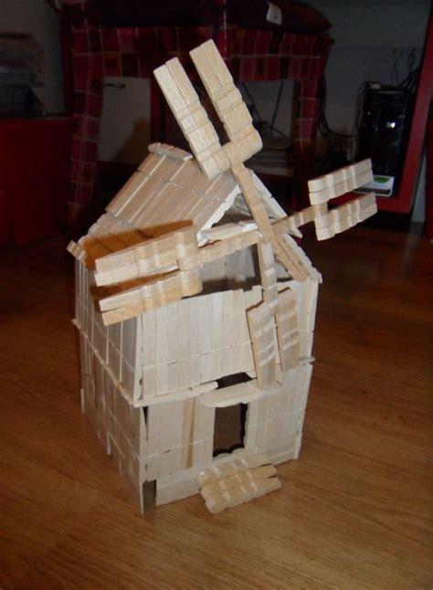 chaise en epingle a linge en bois pinces à linge