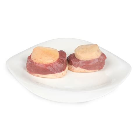 canap駸 au foie gras magret de canard au foie gras façon tournedos