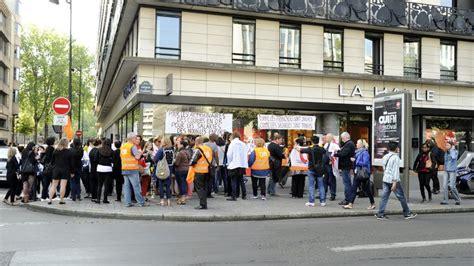 macdonald recrutement siege rassemblement pour l 39 emploi devant le siège de vivarte