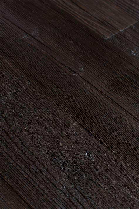 reclaimed engineered pine black
