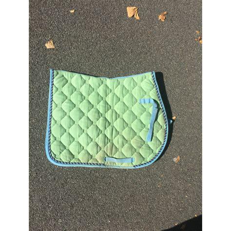 tapis vert  bleu