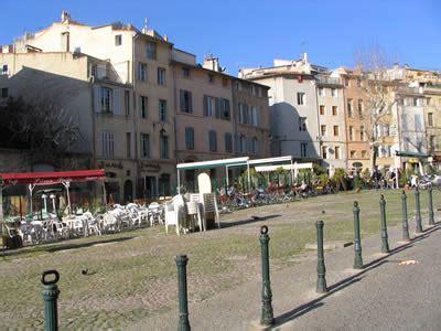 Aix  Rues Et Places D'aix En Provence  Place Des Cardeurs