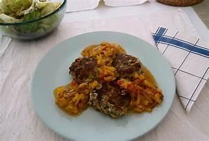Zucchini Tomaten Gemüse : zucchini thunfisch laibchen mit tomaten paprika gem se rezept mit bild ~ Whattoseeinmadrid.com Haus und Dekorationen