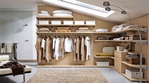 hauteur entre meuble bas et haut cuisine dressing sous combles nos conseils pour bien l aménager