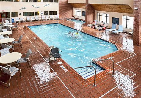 duluth hotel amenities inn on lake superior