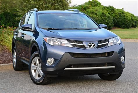 Toyota Rav4 Review 2014 by 2014 Toyota Rav4 Xle Fwd Review Test Drive