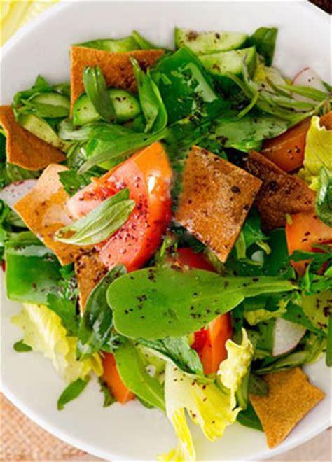 recettes de cuisine libanaise salade fattouche libanaise avec pita recette ramadan