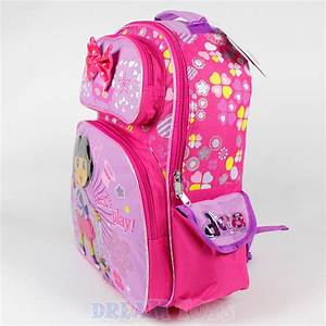 The gallery for --> Dora The Explorer Backpack Contents