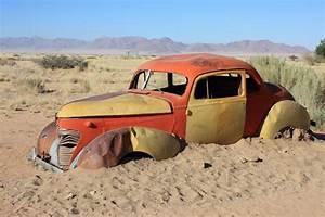 Carcasse De Voiture : carcasse de voiture solitaire ~ Melissatoandfro.com Idées de Décoration