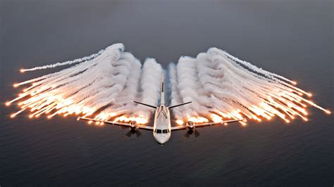 force air wallpapers aviation hd largest airforce backgrounds cool collection airplane flares angel plane aircraft flare death saab missile jet
