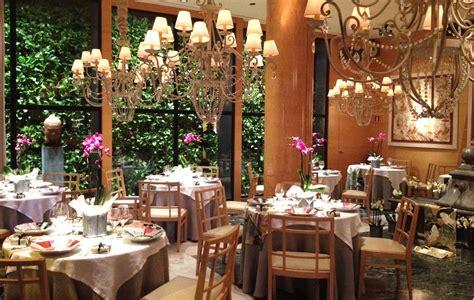 romantic restaurants  barcelona