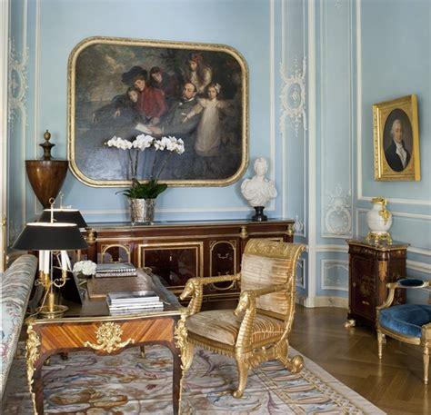 classic  york apartment  pale blue interiors  color
