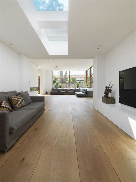is hardwood flooring for kitchens 258 best interiors images on contemporary 9016