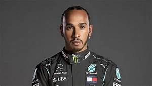 f1 racer lewis hamilton is a playstation gamer and travels