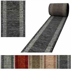 tapis look contemporain grande salon d39entree couloir loures With tapis de couloir grande longueur