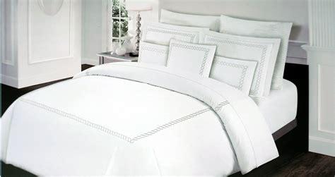 bedroom alternative  comforter target quilt
