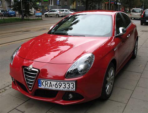 Red Alfa Romeo Giulietta In Kraków (1).jpg