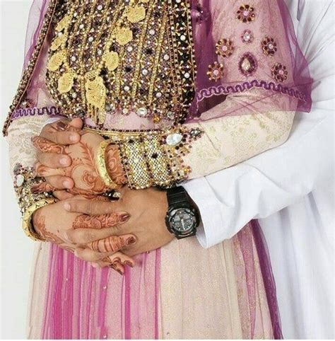 pin  kainat ali  muslim couples bridal henna designs couple hands wedding photoshoot