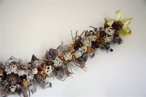 Dry Flowers Decoration For Home: Dried Flowers Decoration Royalty Free Stock Photo