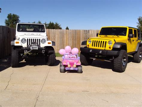 jeep baby this is how we announced our baby jeeping is a big