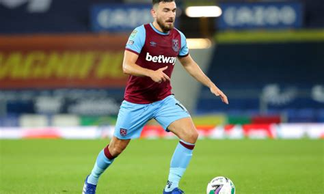 'Offers more than Noble': West Ham fans react as Robert ...