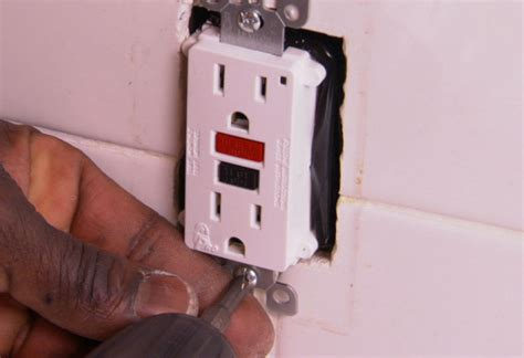 project guide installing  replacing  receptacle