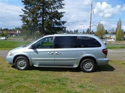 Used Chrysler Town And Country Limited by Buy Used Light Blue 2001 Chrysler Town And Country Limited