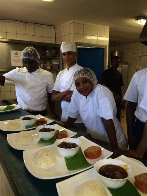 aide cuisine aide cuisine formation aide cuisine au lycée hôtelier