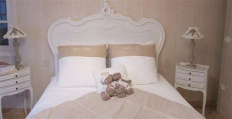 chambre bebe style anglais tete de lit louis xv rocaille
