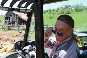 diy network39s barnwood builders behind the scenes With barn builders cast
