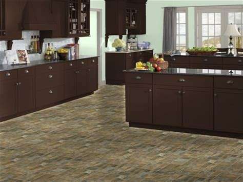 kitchen sherwin williams topiary tint canyon slate maple