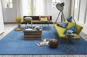 Schöne Teppiche Fürs Wohnzimmer : super sch ne blaue teppiche ~ Frokenaadalensverden.com Haus und Dekorationen