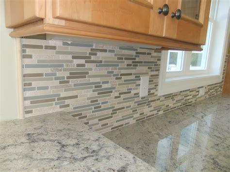 rock backsplash tile under construction