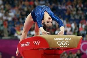Aliya Mustafina Pictures - Olympics Day 6 - Gymnastics ...