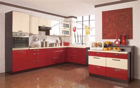 cuisines rouges cuisine plan de travail gris