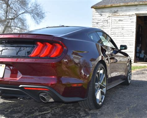 ford mustang ecoboost review   cylinders