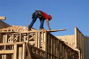 Eight In Ten Contractors Report Difficulty Finding