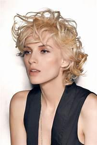 Coupe Courte Bouclée : cheveux coupe gar onne boucl s coiffure coupe gar onne ~ Farleysfitness.com Idées de Décoration