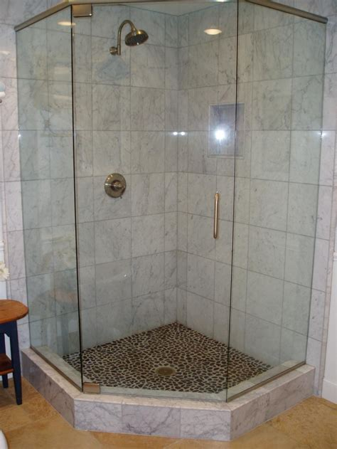 frosted glass shower doors for tubs 30 cool pictures of tiled showers with glass doors esign