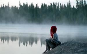 Sad alone girl missing someone special | HD Wallpapers Rocks