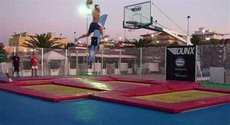 basket tappeti elastici ecco il basket sui tappeti elastici un pesarese tra la