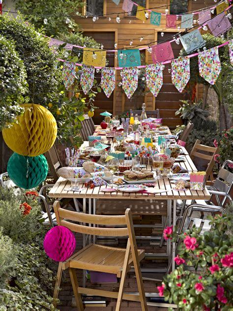 floral fiesta garden party httpwwwtalkingtablescouk