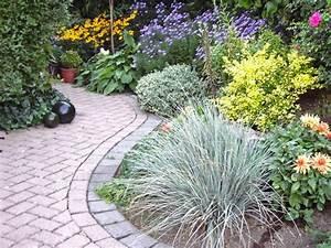 Gartengestaltung Kleine Gärten Bilder : gestaltungsideen f r kleine g rten mein sch ner garten ~ Frokenaadalensverden.com Haus und Dekorationen